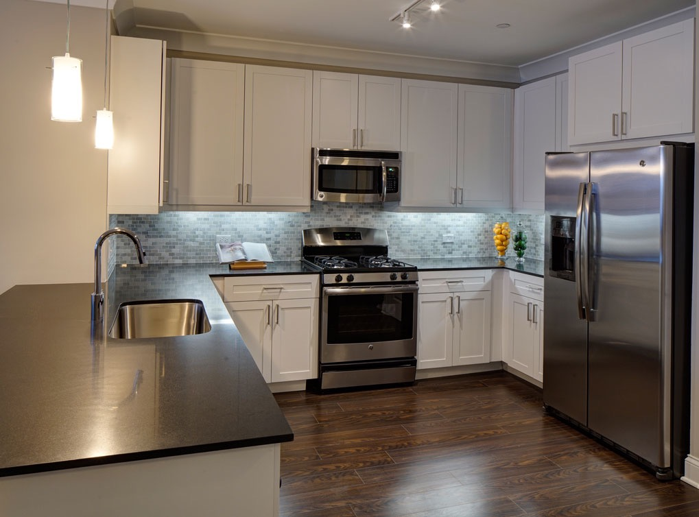 deerfieldil-apartment-interior-kitchen3