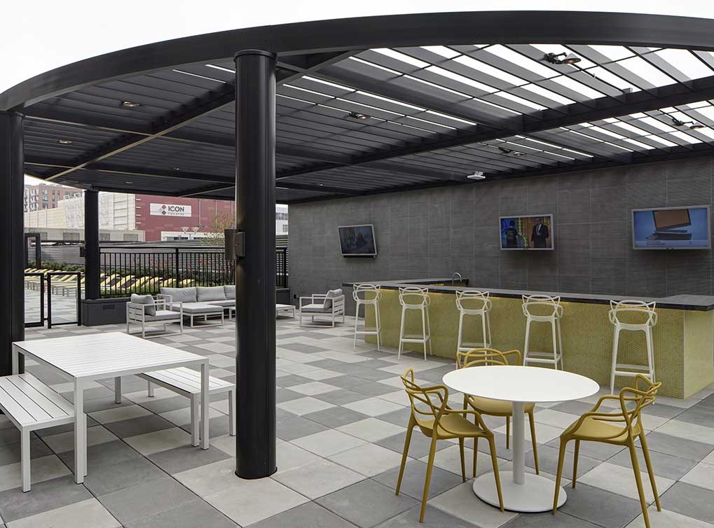 lofts-amenity-exterior-outdoor-kitchen