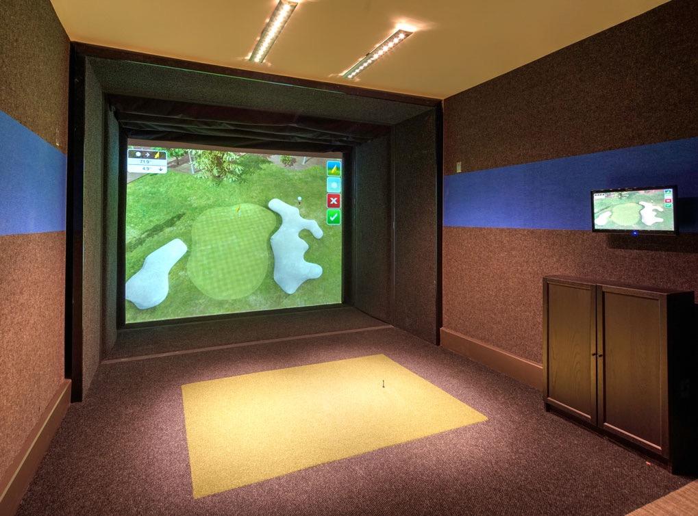 deerfieldil-amenity-exterior-golf-simulator